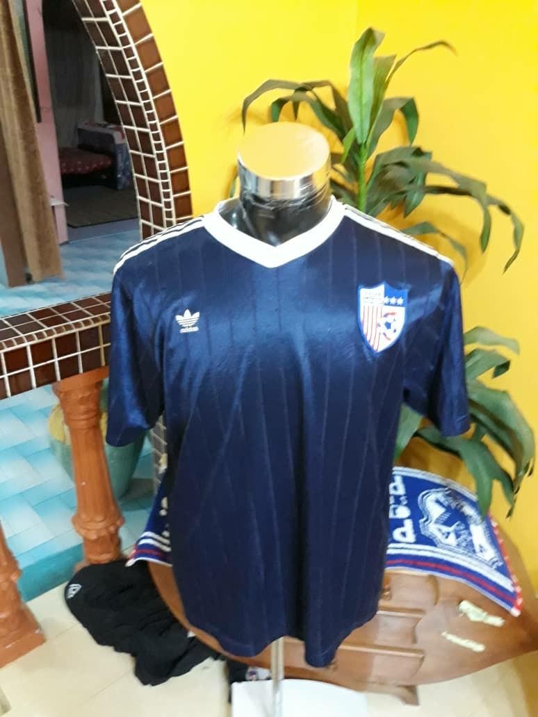 e9d38b2725a Vibtage jersey adidas usa soccer team, Men's Fashion, Clothes, Tops ...
