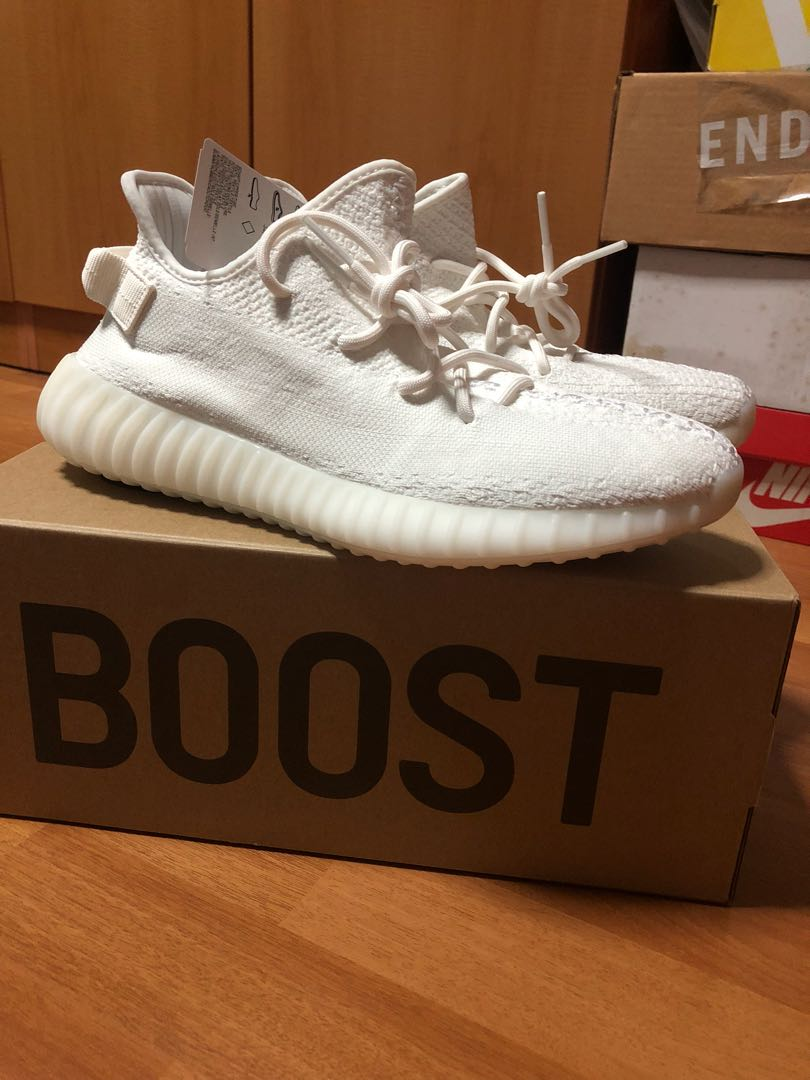 56f6a948 Yeezy Boost 350 V2 Cream White, Men's Fashion, Footwear, Sneakers on ...