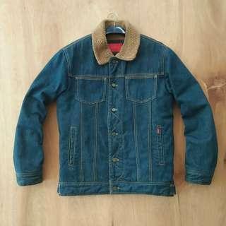 Jaket Jeans Omphalos size 100 (L) Panjang 68cm Lebar 55cm
