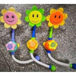 ★Sunflower Spraying toy★Baby Bath Toys★Newborn infant toddler children kids play★Shower Toys★Swimming toys★Beach Toys
