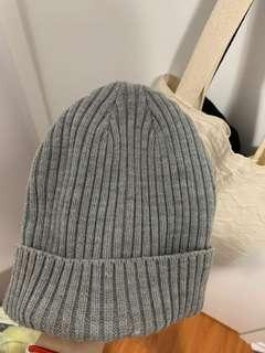 Oak and fort beanie