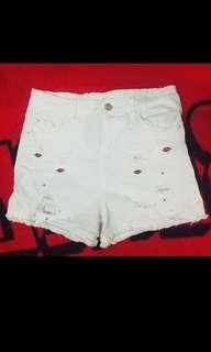 HW White Shorts with Free Top