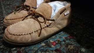 Plymouth  boots fur lined 9