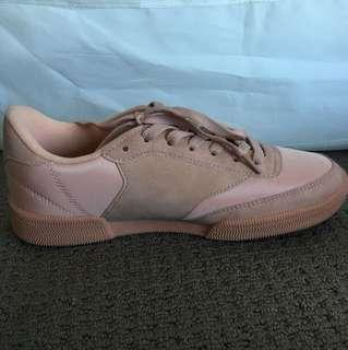 Brand new Rubi sneakers