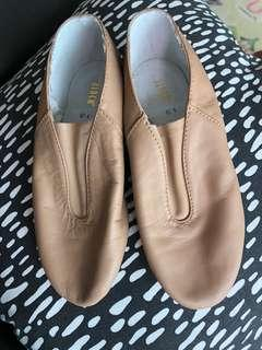 BLOCH TAN JAZZ SHOES