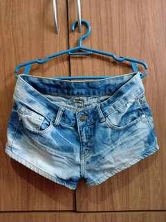 Preloved Maong Shorts