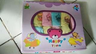 Celana bayi box