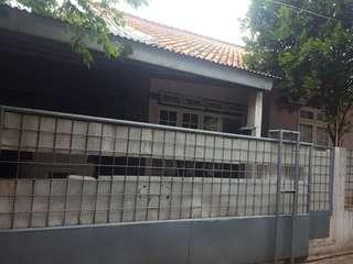 Rumah di Kavling Deplu Pondok Aren, Bintaro, Tangerang Selatan