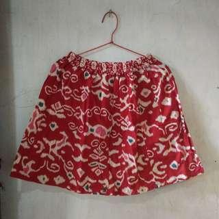 mini skirt ethic
