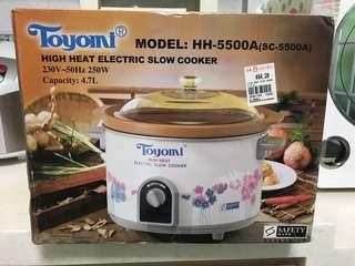 Toyomi slow cooker LARGE 4.7L