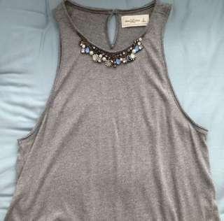 Abercrombie grey top