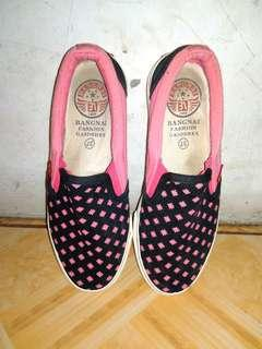 Sepatu Bangnai