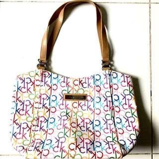 BNWOT: Authentic Calvin Klein Multicolor Bag