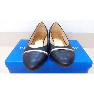 Jual Sepatu Wedges Yongki Komaladi Ukuran 36