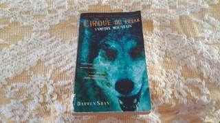 Cirque Du Freak book 4 by Darren Shan