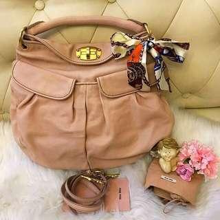 (Receipt>$2k)Authentic MIU MIU Shoulder bag in Dust Pink