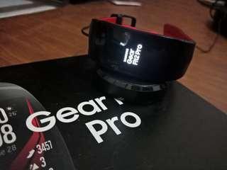 Samsung GEAR FIT2 PRO LARGE MERAH LUX SEKALI