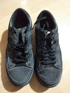 Preloved SKETCHERS