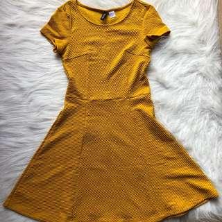 H&M Fit n flare dress