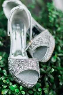 Wedding heals
