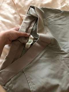 3/4 beige pants - maternity