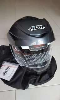Helmet and rain coat for sale !