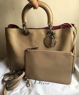 Dior issimo子母大購物包(超夯明星款)👄原價180000元此款好萊烏明星最愛~尤其是這顏色,很難買到⋯(稀有!)特價~