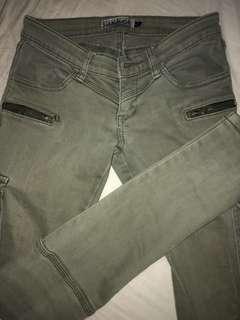 Khaki jeans