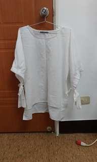 袖口大蝴蝶結寬鬆白上衣