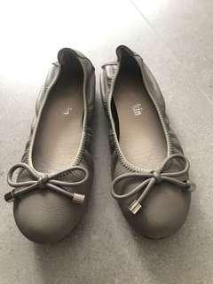 Korea 杏色shoe