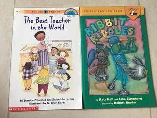 2 Bookset Of Level 2 Readers from Scholastic and Puffin: The best teacher in the world / Ribbit Riddles