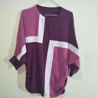 T-shirt ungu