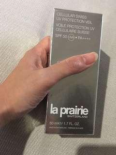🚚 La Prairie 瑞士活細胞輕盈防曬乳SPF 50 PA++++
