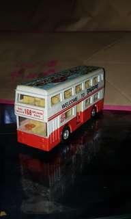 SBS Vintage Bus