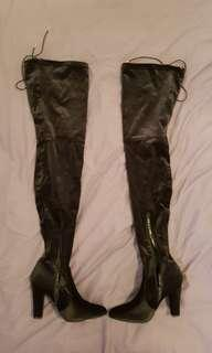 Truffle collection long velvet thigh high black boots.. sz 38/5 vgc