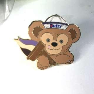香港迪士尼襟章 duffy絕版新手包 DISNEY PIN disney pin trading 迪士尼徽章交換