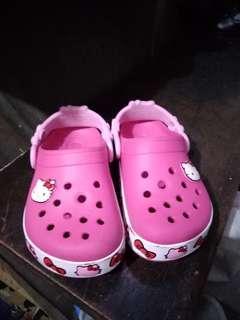 Preloved Hello Kitty Crocs