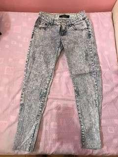 Ripped Skinny Jeans size 25