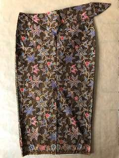 (M/L) Traditional Chinoiserie Green 3/4 Floral Batik Skirt