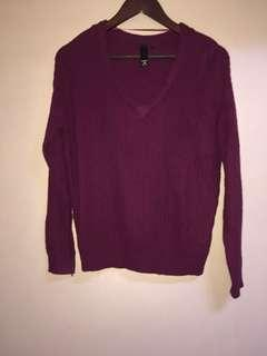 Factorie brand plum colour knitted sweater vneck