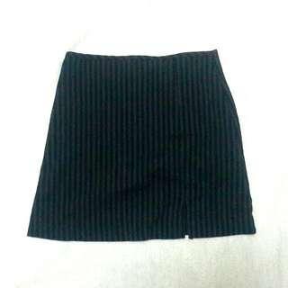 Black and Gray Stripes Pencil Cut Skirt
