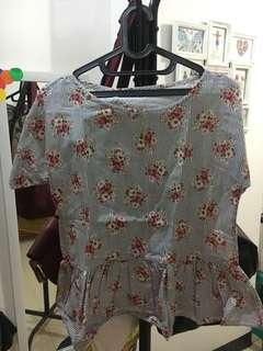 No brand floral blouse