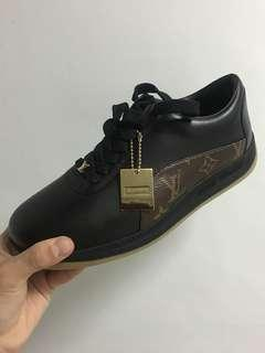 NEW LV x Supreme Sneakers