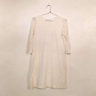 FOREVER 21 Off-White Lace Dress