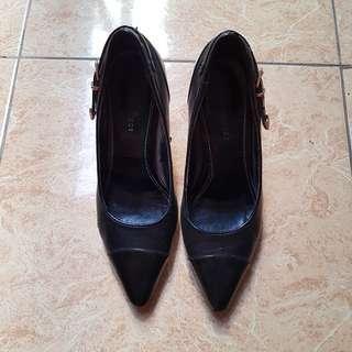 Sepatu Heels Everbest