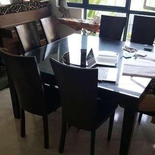 8 seater Dining Table And Chairs