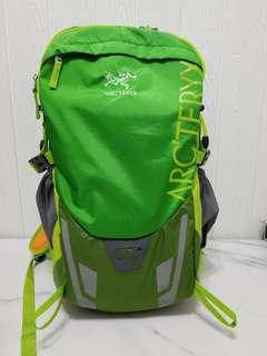 ARCTERYX Backpack (NEW) with Rain Cover