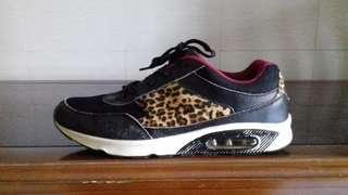 Sneaker Leopard Newlook