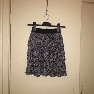 Tier layer skirt