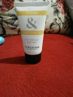 L'occitane body milk jasmin